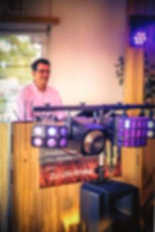 DJ_Olli_-_hinter_der_Anlage_-_normale_Au