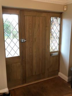 oak entrance screen 2