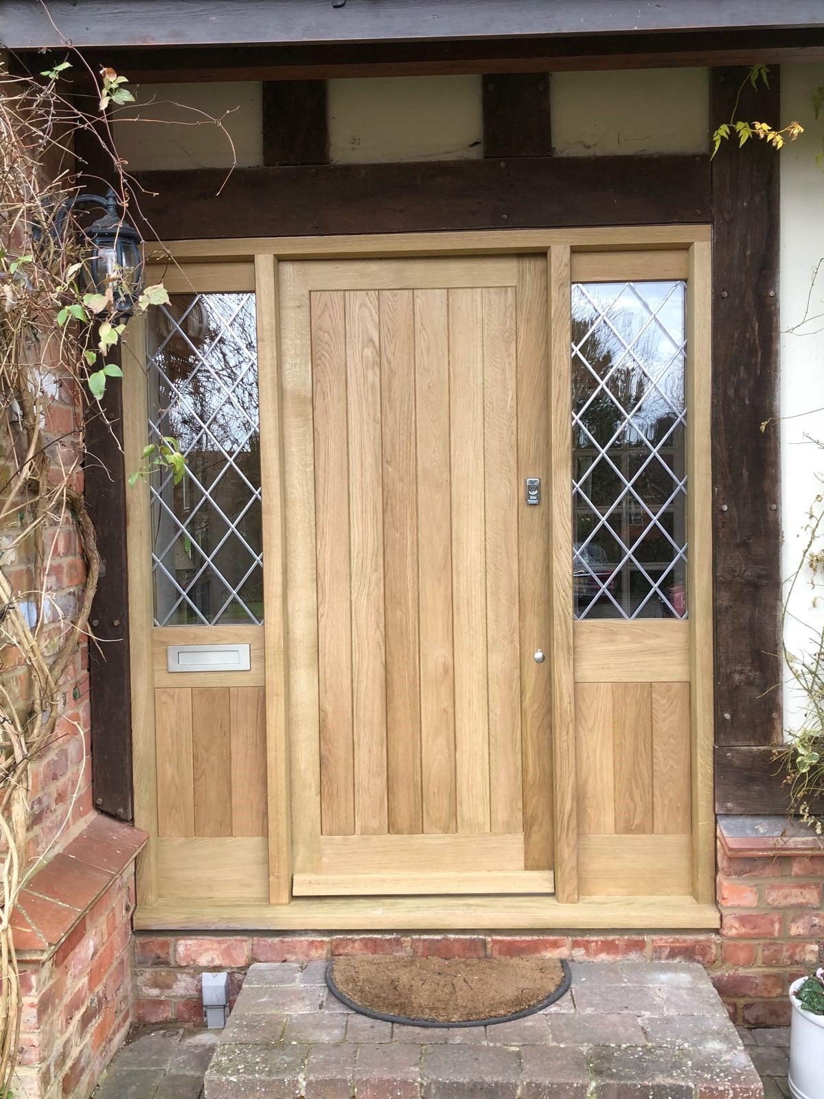 oak entrace screen