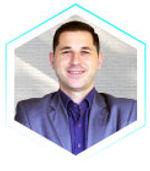 cfp-ea-banking-school-professor-6.jpg