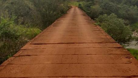 A ponte do fim do mundo -  Rio das Velhas - Brasil