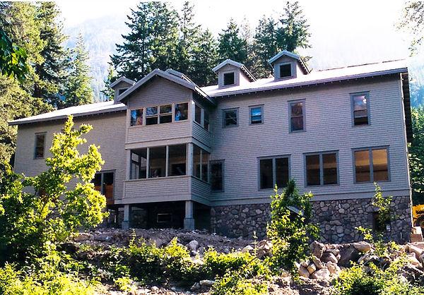 Golden west lodge.jpg