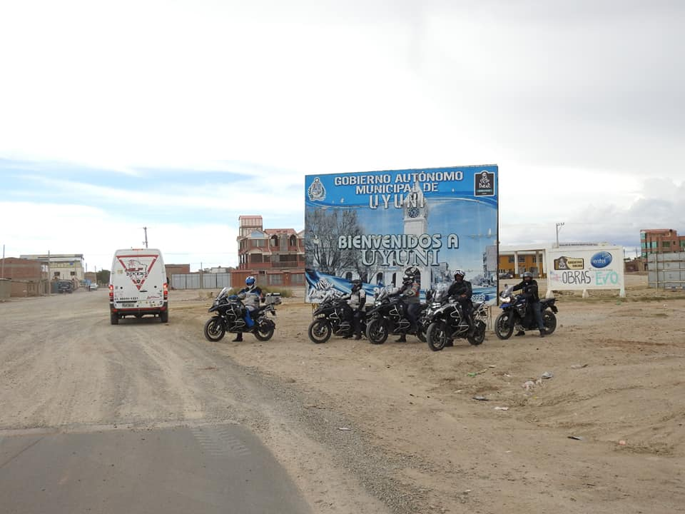 Help Bikers - Salar de Uyuni