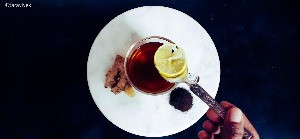 Ginger Black Tea With Lemon