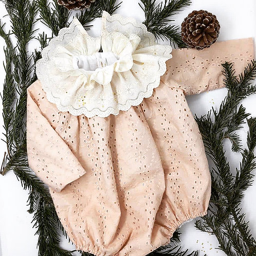Barboteuse Constance - broderie anglaise rose