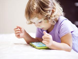 Defict de atenção e uso do celular