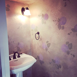 Tiny Bathroom - Hydrangea Stencil