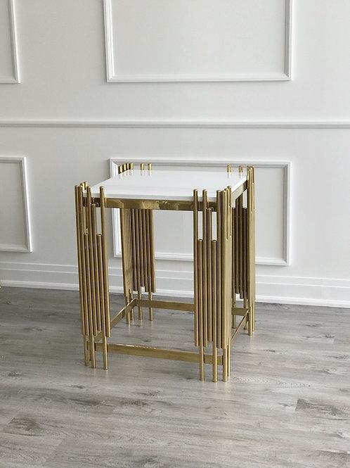 Dior square plinth