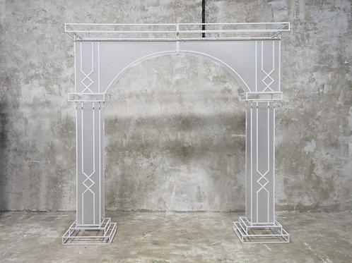 Alice White Metal Arch