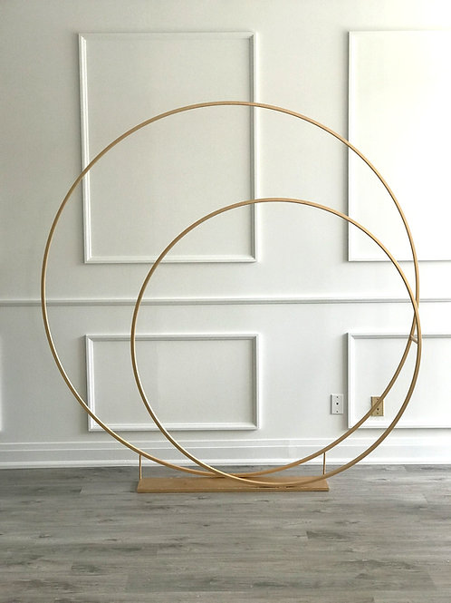 Double Hoop Arch