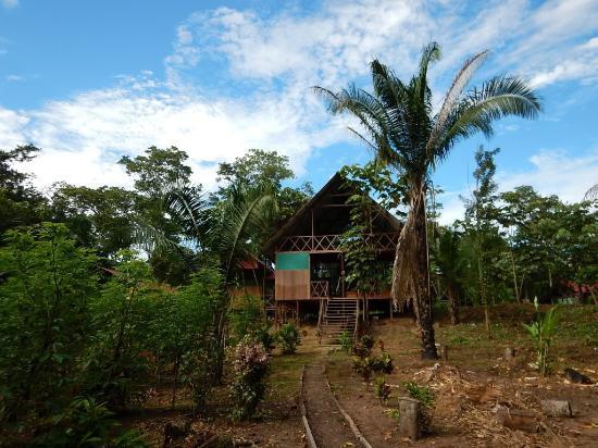 amazon-lodge-tambopata,entrance2.jpg