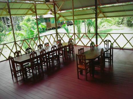 comedor-amazon-lodge-tambopata.jpg