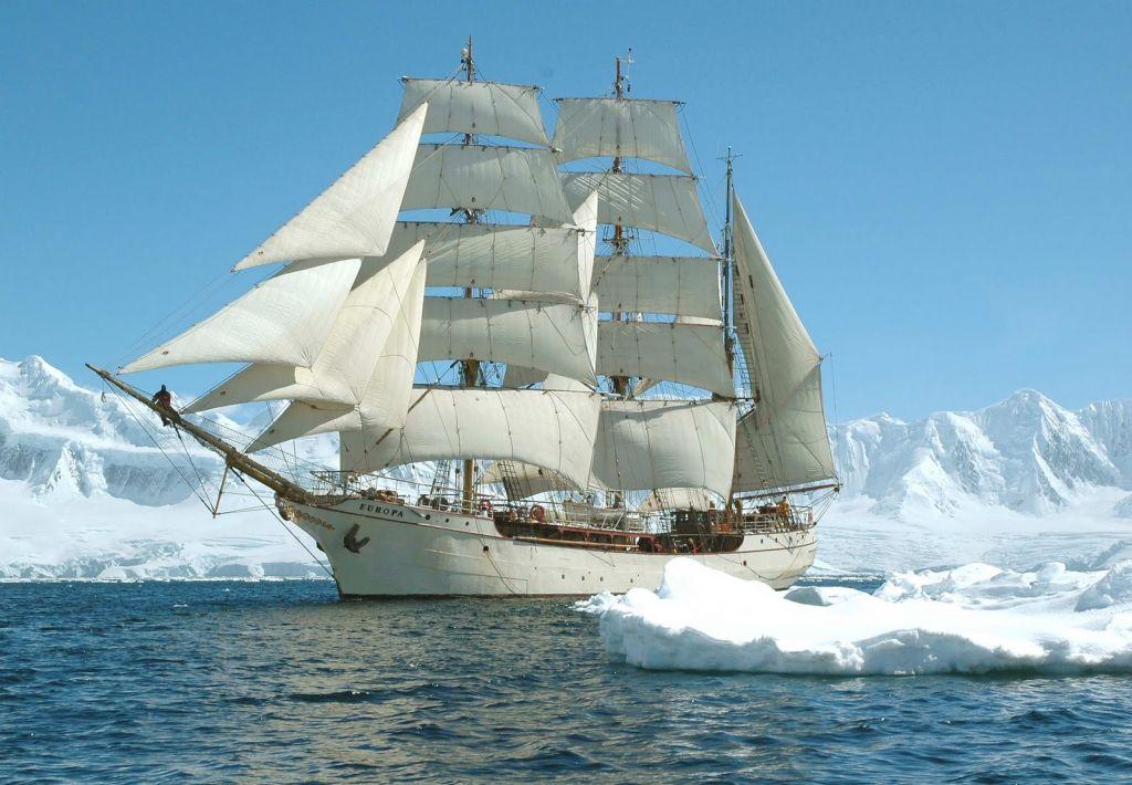 foto barco antartida