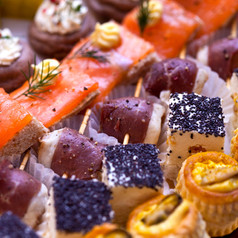 toasts-and-canapes-carrée.jpg