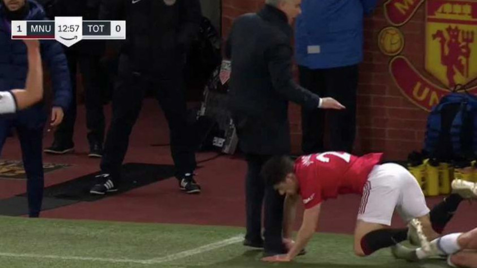 Man Utd players beg Mourinho to come back in bizarre mid-game protest