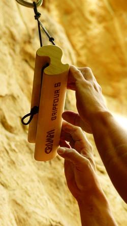 Portable fingerboard