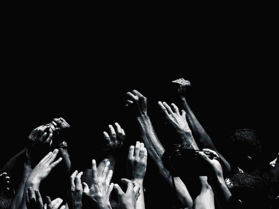 THEATRES / HAPPY HANDS (2009-2015))