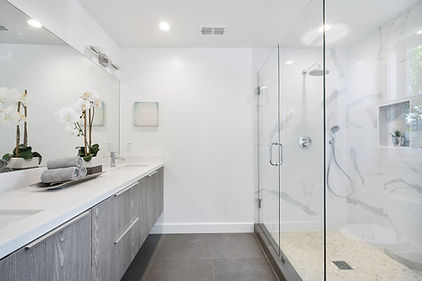 salle de bain blanche.jpg