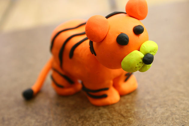Make-a-Standing-Tiger-Out-of-Clay-Step-1