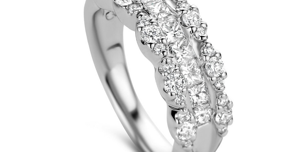 14 krt. Witgouden ring met prinses en briljant geslepen diamanten