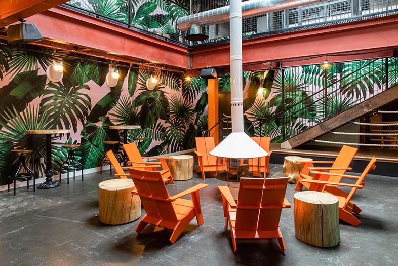 creative custom restaurant furniture