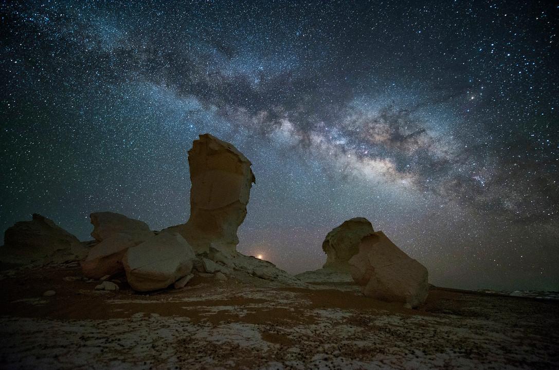White Desert01-SamyOlabi.jpg