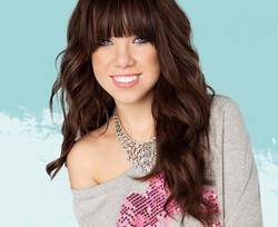 Carly Rae Jepsen - top vocal coach