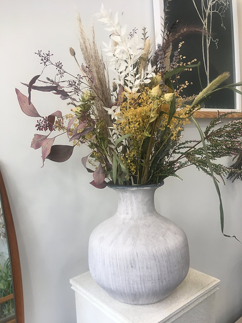 Natural dried flower arrangement