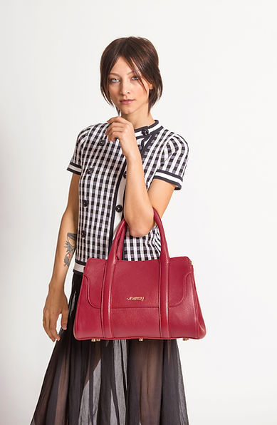 Elegant made in italy bag by Jampieri. Red leatherbag