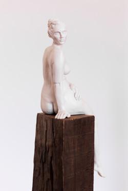 Sarah Walmsley_Searching II_white resin_
