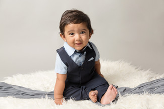 Sitting Baby Photo Shoot