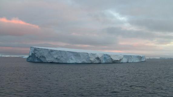 Antarctica+3_1_1.JPG
