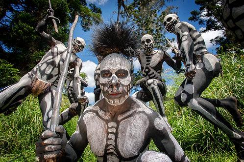 Wylda BAYRÓN - Omo Masalai (Papouasie Nouvelle Guinée)