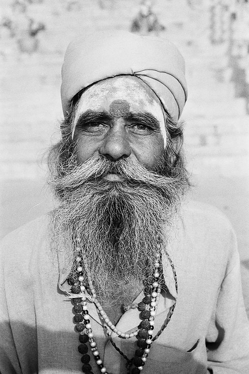 Samuel Cueto - Kum Kum (India)