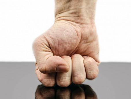 Fäuste abhärten - Verletzungen vermeiden - Schlagkraft erhöhen