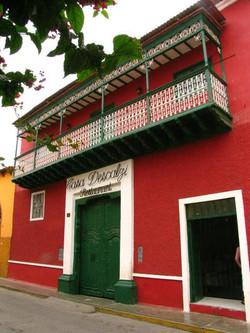 Casa Descalzzi