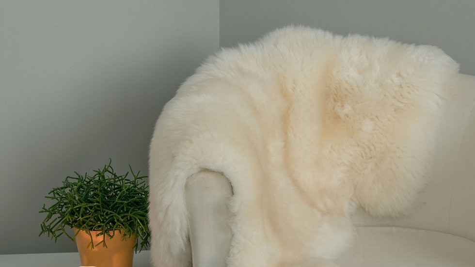 Medium White Sheepskins