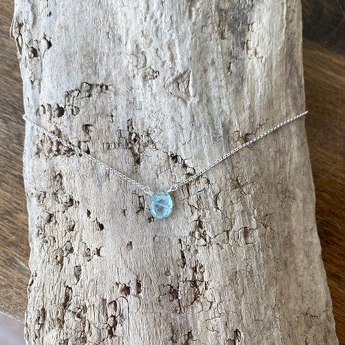 aquamarine inset necklace