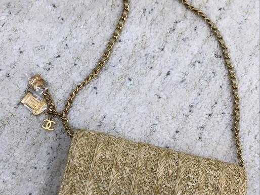 極少見的Chanel草編WOC☀️抓住夏天的尾巴➰放的下手機就是特別讓人心動💓