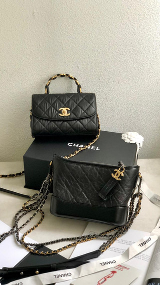 Chanel 曬美包💛 新款限量金屬翻蓋包✅ 經典款流浪包✅