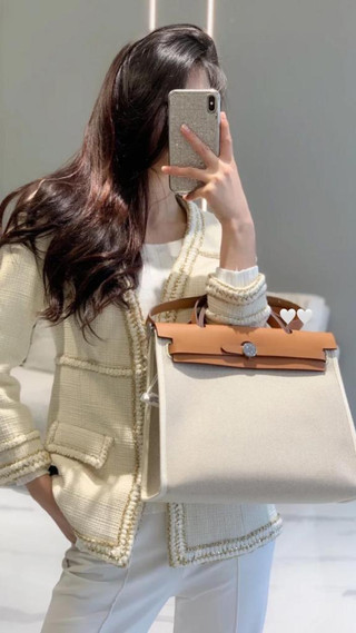 Hermès Herbag 31米白 美美到貨 絕美拼色搭配皮質與帆布 怎麼搭怎麼美💛💛