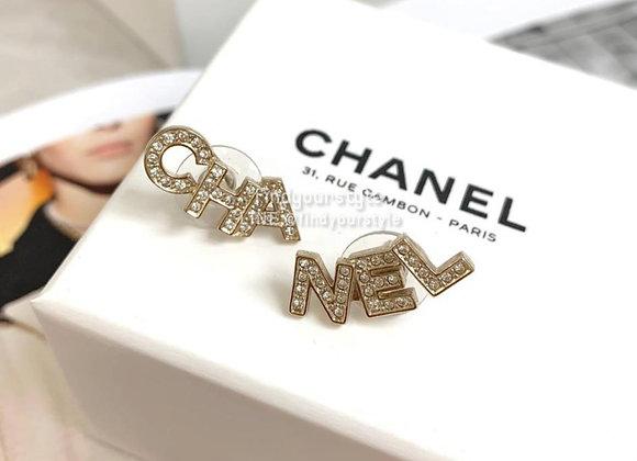 CAHNEL 字母耳環