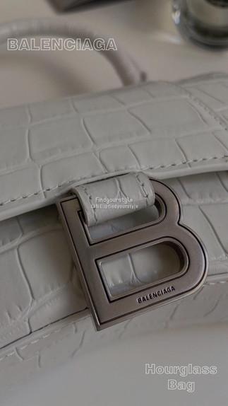 Balenciaga熱門包款❤️好看好搭好時尚🥰🥰🥰
