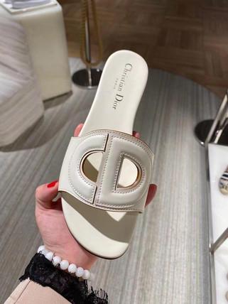 Dior多款美鞋連線採購中❤️尺碼齊全等各位詢問