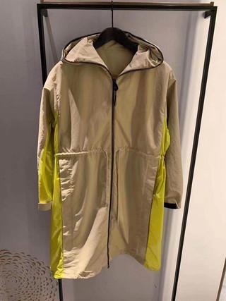 Moncler 現場連線中🔥 多種新款服飾🤩 還不趕緊來詢問✅