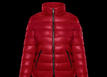MONCLER BADY 紅色女用厚款連帽短版羽絨外套