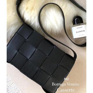 BV Cassette Bag💕男女都能完美詮釋的包款簡單編織格紋就很時髦✨別再觀望又等到漲價了🔥