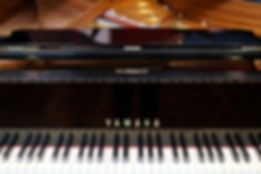 Intermediate piano lessons for adults