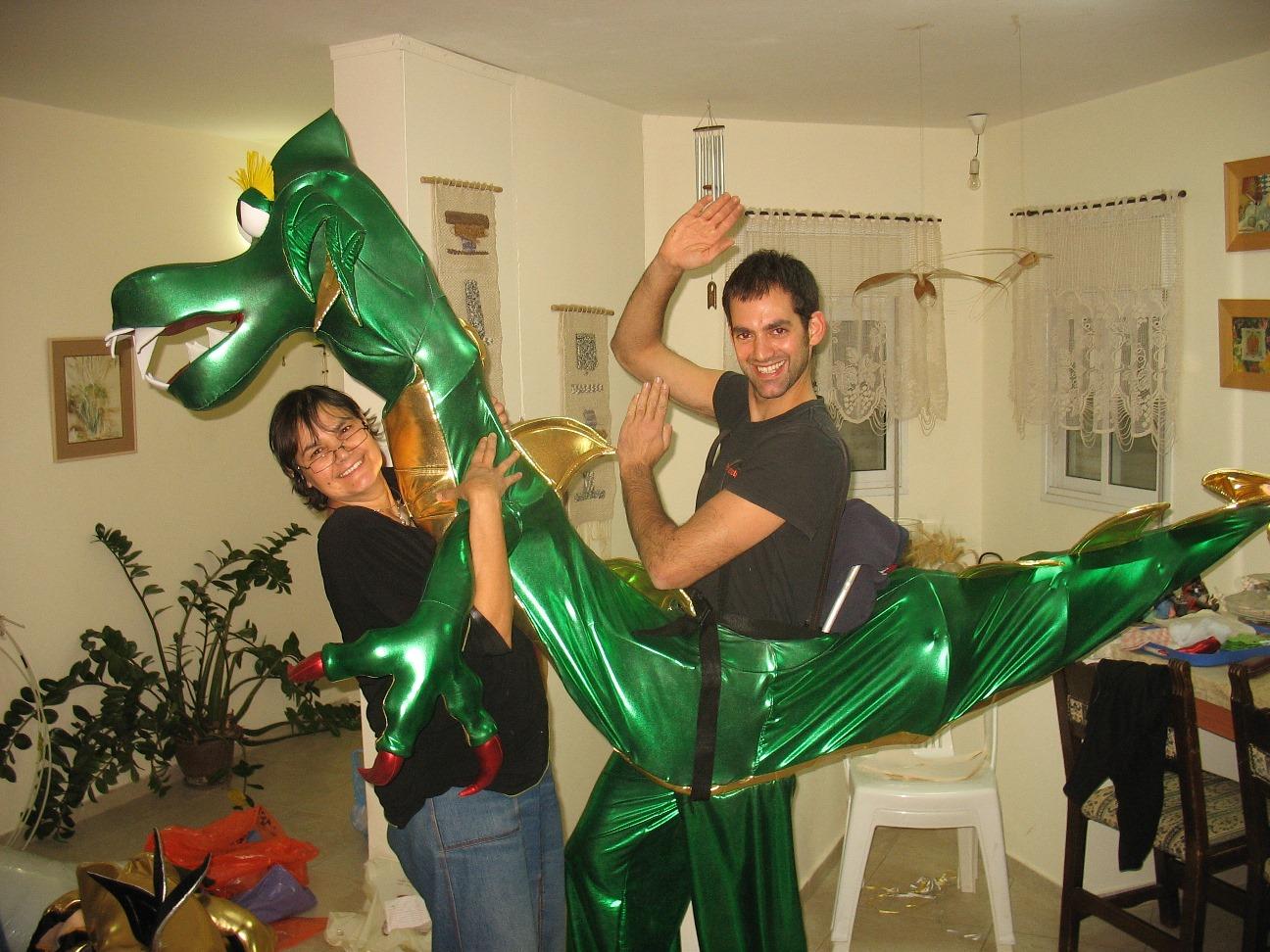 Puppet Dragon on stilts