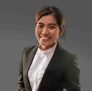 Yi Qing Loh - Senior Associate